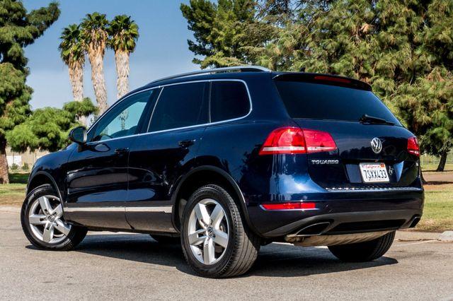 2013 Volkswagen Touareg Lux - Navi - Rear View Camera - Xenon Reseda, CA 6