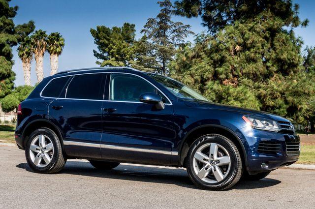 2013 Volkswagen Touareg Lux - Navi - Rear View Camera - Xenon Reseda, CA 49