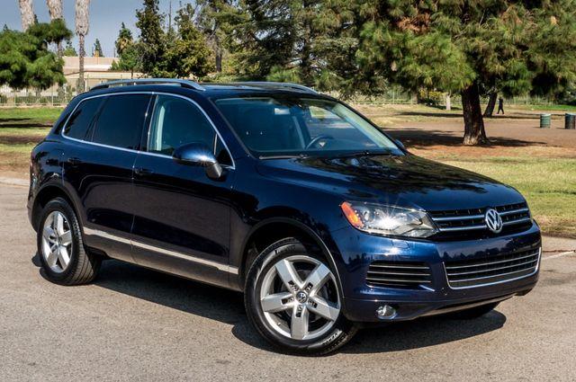 2013 Volkswagen Touareg Lux - Navi - Rear View Camera - Xenon Reseda, CA 48
