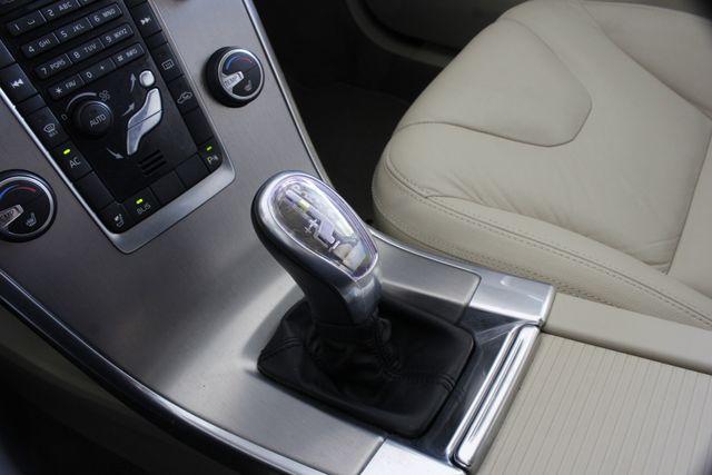 2013 Volvo XC60 T6 Premier Plus AWD - CLIMATE PKG - BLIS! Mooresville , NC 36