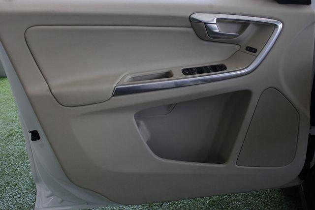 2013 Volvo XC60 T6 Premier Plus AWD - CLIMATE PKG - BLIS! Mooresville , NC 37