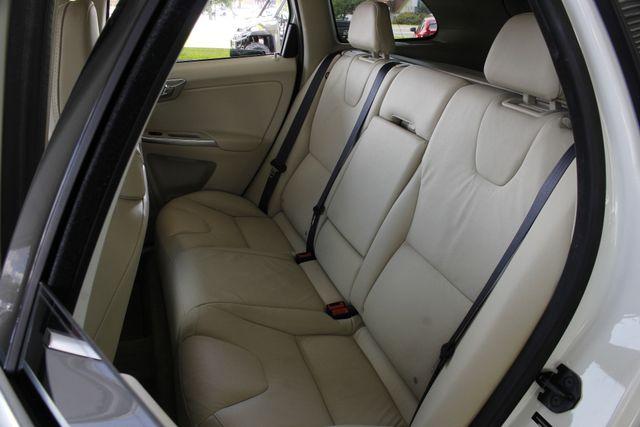 2013 Volvo XC60 T6 Premier Plus AWD - CLIMATE PKG - BLIS! Mooresville , NC 10