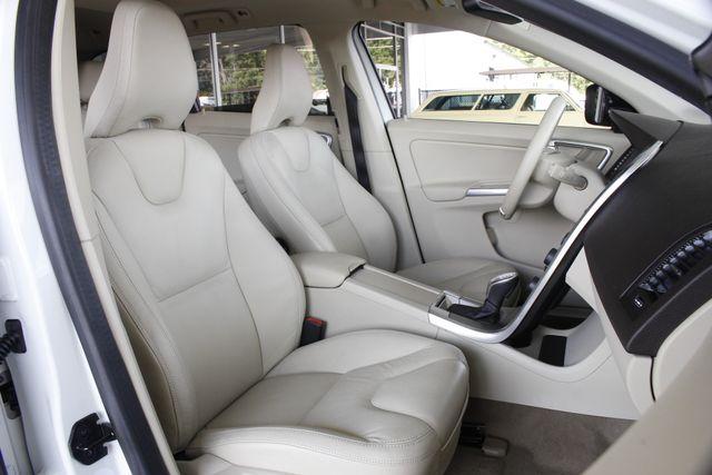 2013 Volvo XC60 T6 Premier Plus AWD - CLIMATE PKG - BLIS! Mooresville , NC 14