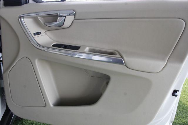 2013 Volvo XC60 T6 Premier Plus AWD - CLIMATE PKG - BLIS! Mooresville , NC 38