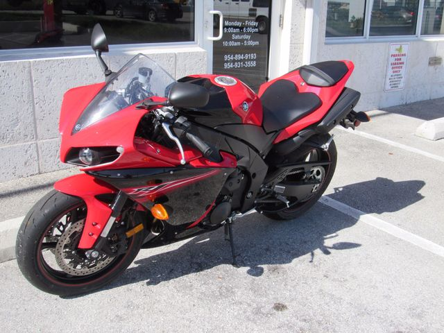 2013 Yamaha YZF R1 Dania Beach, Florida 8