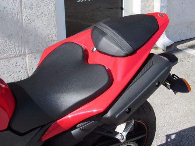 2013 Yamaha YZF R1 Dania Beach, Florida 15