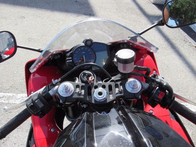 2013 Yamaha YZF R1 Dania Beach, Florida 16
