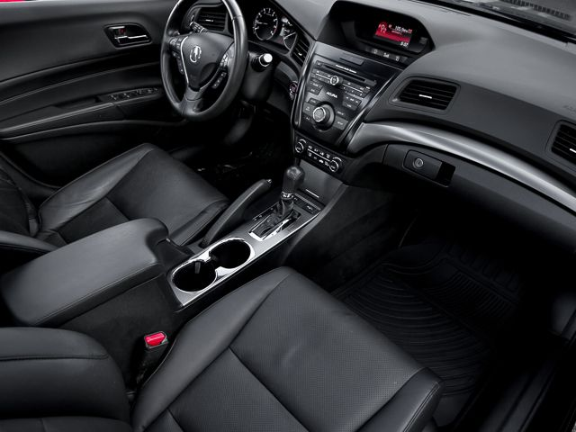 2014 Acura ILX Burbank, CA 12
