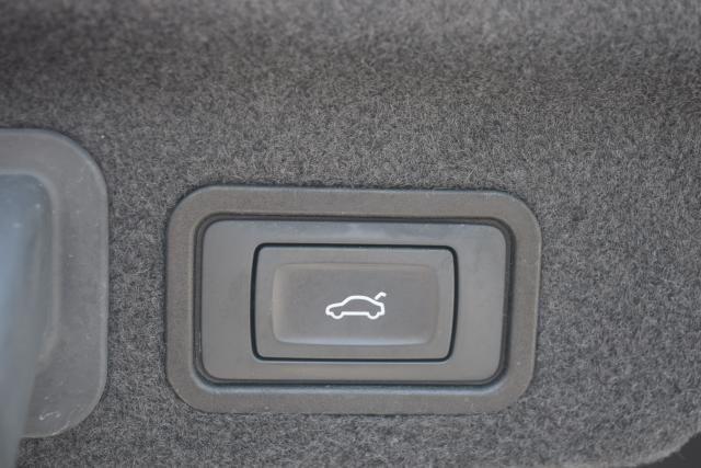 2014 Audi A8 L 3.0T Richmond Hill, New York 5