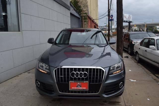2014 Audi Q5 Premium Richmond Hill, New York 2