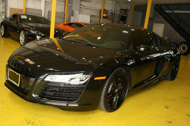 2014 Audi R8 Coupe V10 Houston, Texas 1