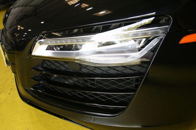 2014 Audi R8 Coupe V10 Houston, Texas 8