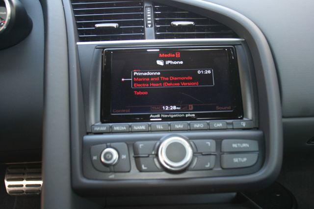 2014 Audi R8 Coupe V8 Houston, Texas 14