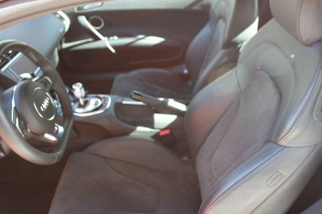 2014 Audi R8 Coupe V8 Houston, Texas 17