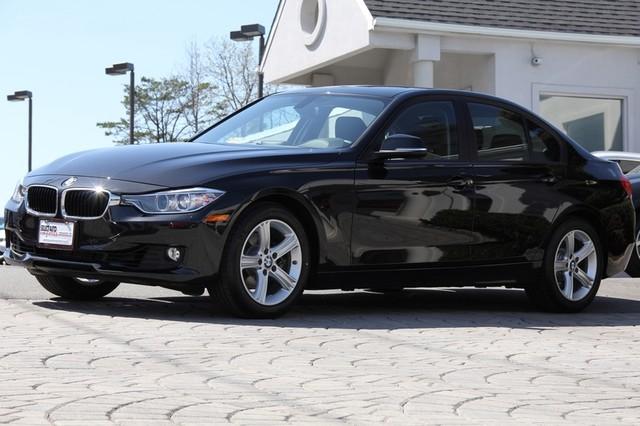 2014 BMW 3-Series AWD 328i xDrive 4dr Sedan SULEV AMFM CD Player Anti-Theft Sunroof AC Cruise