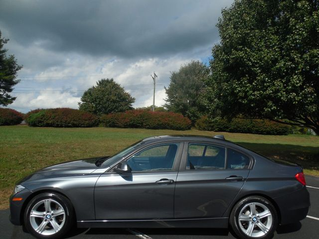 2014 BMW 328i SULEV Leesburg, Virginia 4