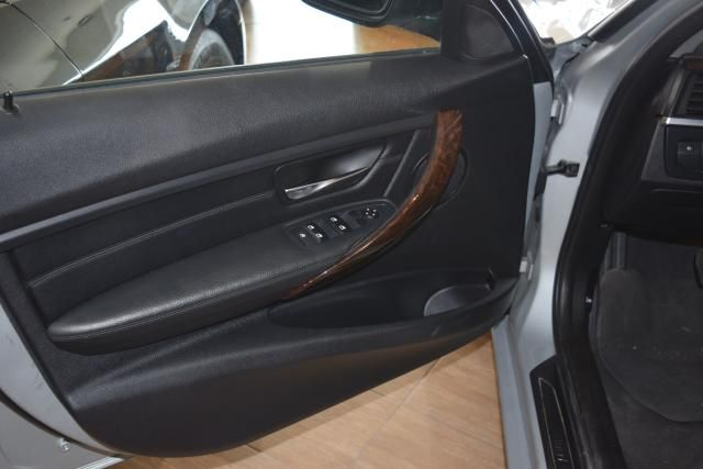 2014 BMW 328i xDrive 4dr Sdn 328i xDrive AWD SULEV Richmond Hill, New York 12