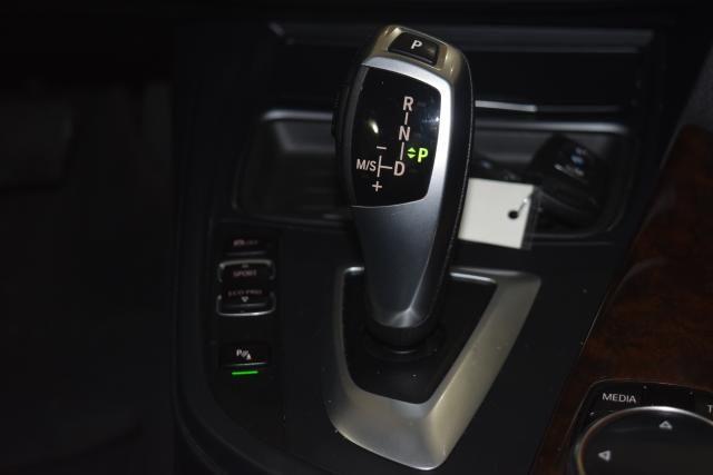 2014 BMW 328i xDrive 4dr Sdn 328i xDrive AWD SULEV Richmond Hill, New York 9