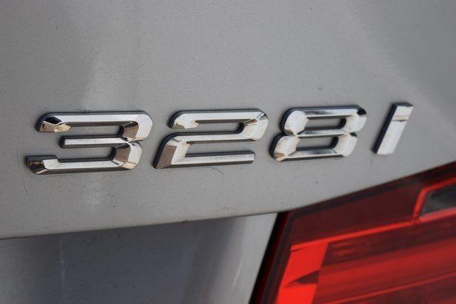 2014 BMW 328i xDrive 328i xDrive Richmond Hill, New York 18