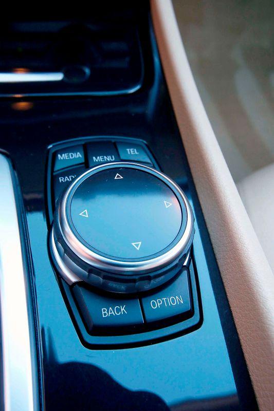 2014 BMW 535i Gran Turismo - Premium pkg - HK Sound - Head up display  city California  MDK International  in Los Angeles, California
