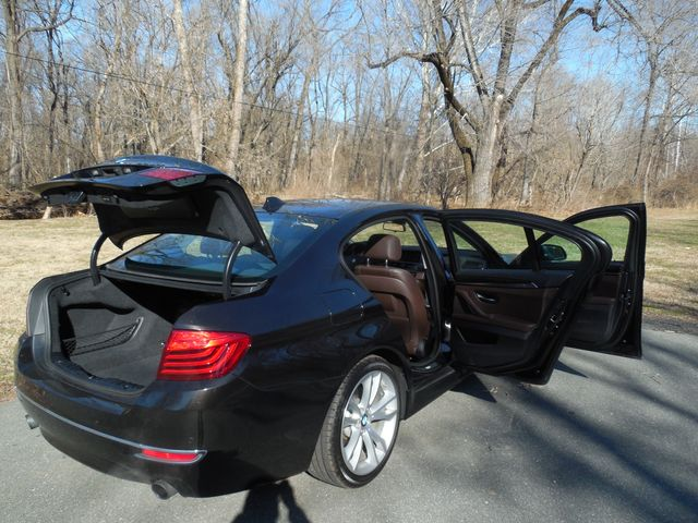2014 BMW 535i xDrive Sport Package Leesburg, Virginia 8
