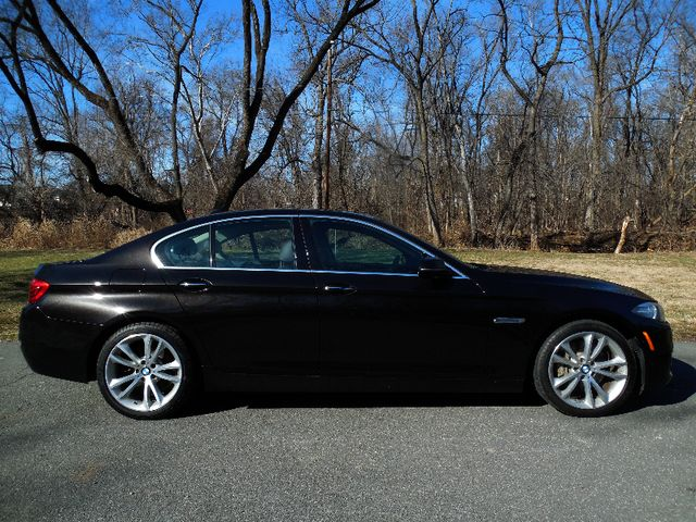 2014 BMW 535i xDrive Sport Package Leesburg, Virginia 4