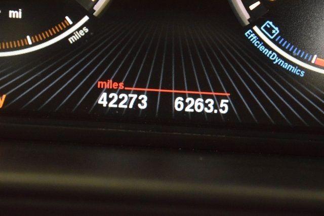 2014 BMW 550i xDrive 550i xDrive Richmond Hill, New York 41