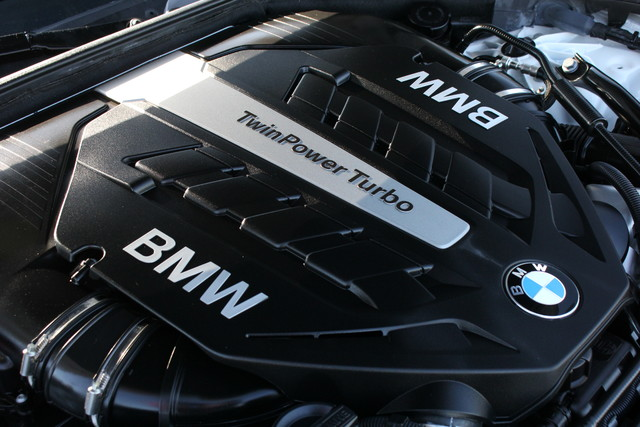 2014 BMW 750Li M Sport Mooresville , NC 41