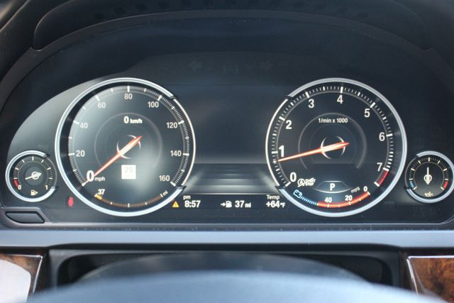 2014 BMW 750Li M Sport - One Owner Mooresville , NC 11