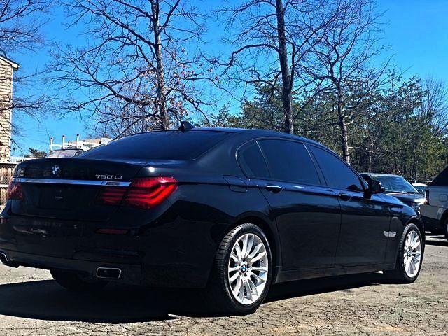 2014 BMW 750Li xDrive M Sport Leesburg, Virginia 9