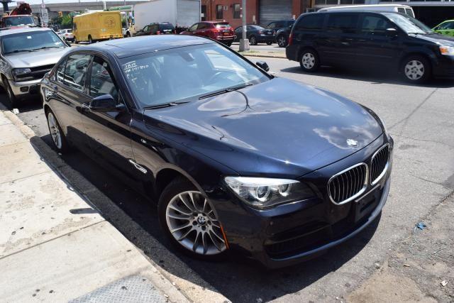 2014 BMW 750Li xDrive 4dr Sdn 750Li xDrive AWD Richmond Hill, New York 1