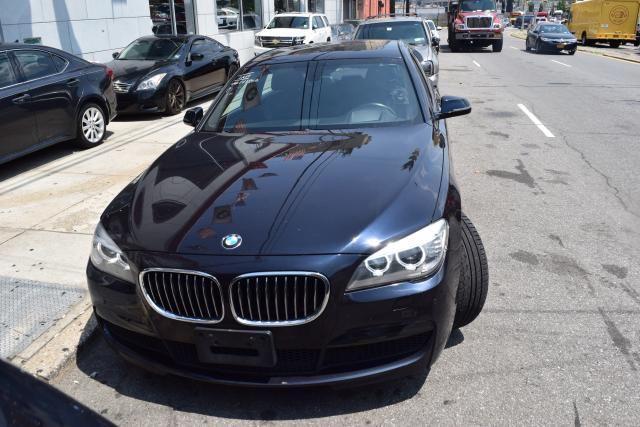 2014 BMW 750Li xDrive 4dr Sdn 750Li xDrive AWD Richmond Hill, New York 2