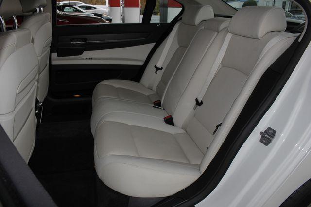 2014 BMW ActiveHybrid 7 L RWD - EXECUTIVE PKG - VERY RARE! Mooresville , NC 13