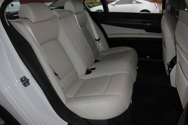 2014 BMW ActiveHybrid 7 L RWD - EXECUTIVE PKG - VERY RARE! Mooresville , NC 15