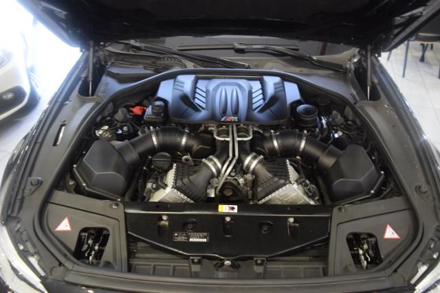 2014 BMW M Models 4dr Sdn Richmond Hill, New York 24