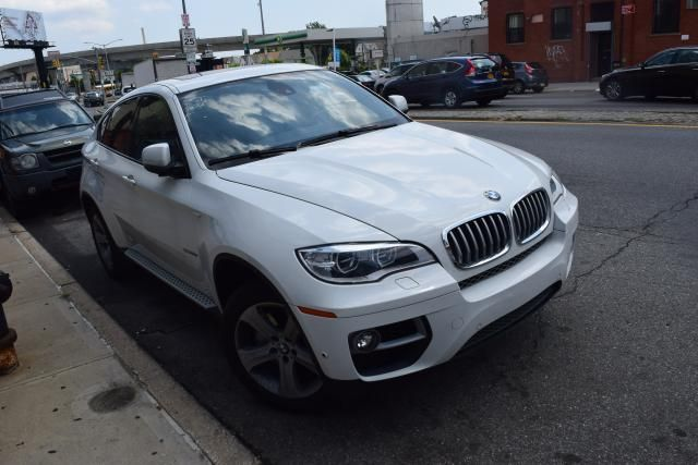 2014 BMW X6 xDrive 50i xDrive50i Richmond Hill, New York 1