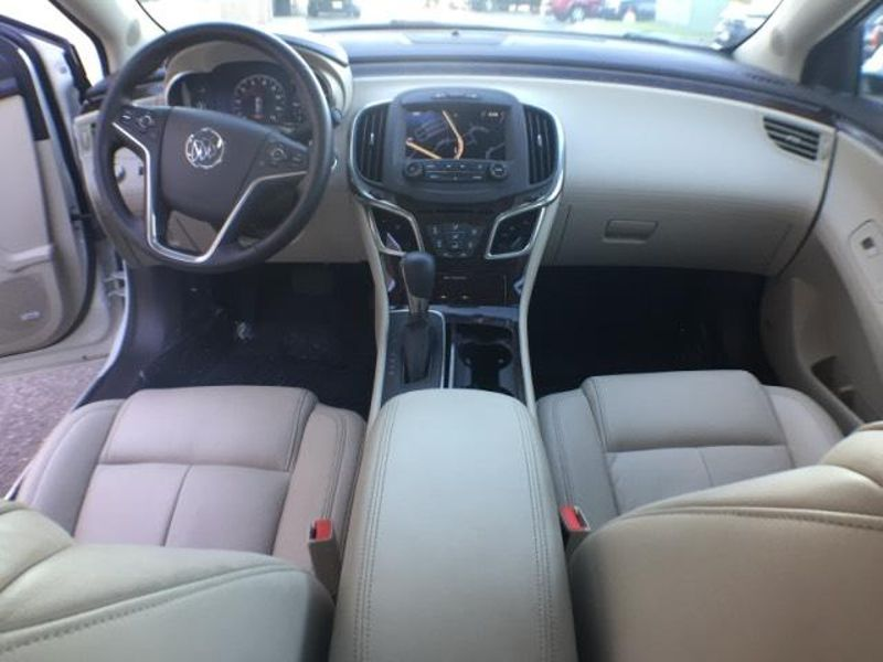 2014 Buick LaCrosse Leather  in Victoria, MN