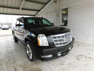 2014 Cadillac Escalade ESV in New Braunfels, TX
