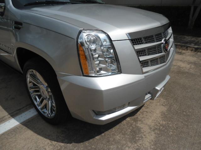 2014 Cadillac Escalade ESV Platinum Plano, Texas 4