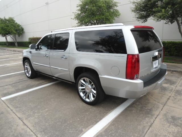 2014 Cadillac Escalade ESV Platinum Plano, Texas 8