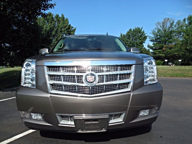 2014 Cadillac Escalade Platinum Leesburg, Virginia 6