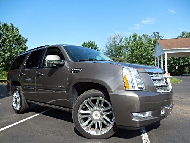 2014 Cadillac Escalade Platinum Leesburg, Virginia 1