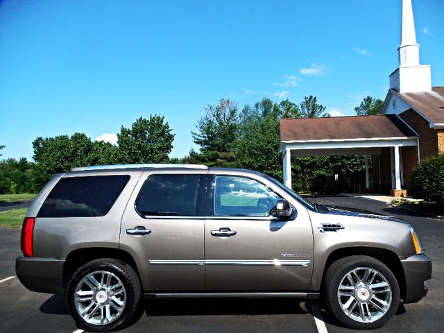 2014 Cadillac Escalade Platinum Leesburg, Virginia 4