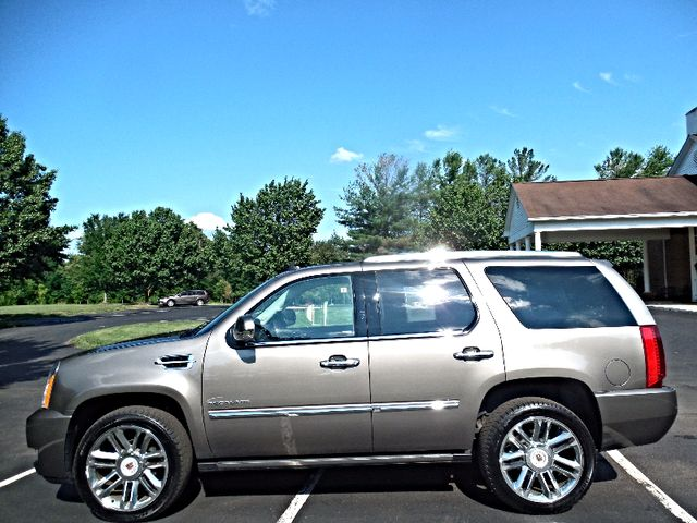 2014 Cadillac Escalade Platinum Leesburg, Virginia 5