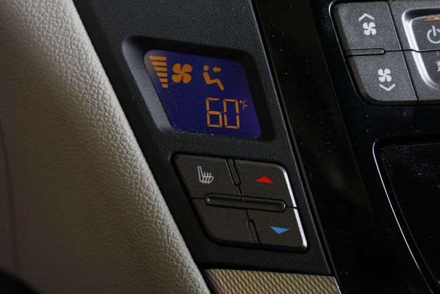 2014 Cadillac V-Series RWD - NAVIGATION - SUNROOF! Mooresville , NC 33