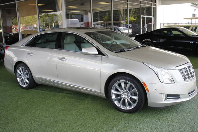 2014 Cadillac XTS Luxury - DRIVER AWARENESS PKG! Mooresville , NC 22