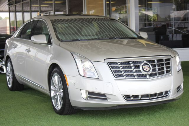 2014 Cadillac XTS Luxury - DRIVER AWARENESS PKG! Mooresville , NC 26