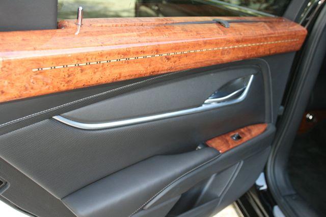 2014 Cadillac XTS Professional Donald Trump's Limousine Houston, Texas 12