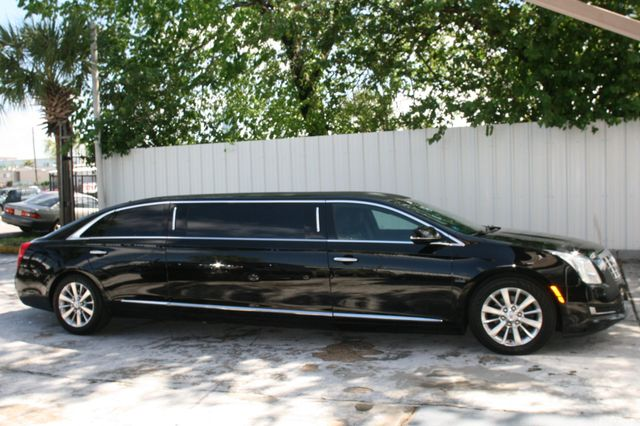 2014 Cadillac XTS Professional Donald Trump's Limousine Houston, Texas 3