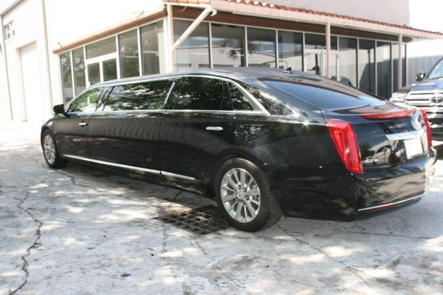 2014 Cadillac XTS Professional Donald Trump's Limousine Houston, Texas 7